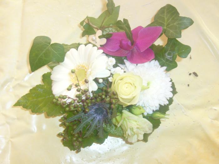 Art Floral Photos Des Compositions Florales Mariage Violet Ivoir Conseils En D Coration Florale