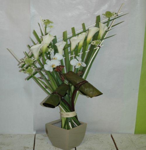 art floral photos des compositions florales printemps enflam conseils en d coration florale. Black Bedroom Furniture Sets. Home Design Ideas